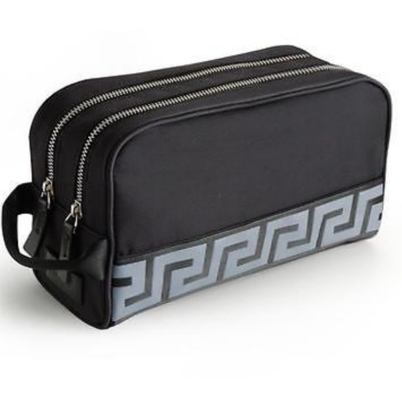 NEW Versace mens toiletry travel cosmetic case. M 5b3b4216aaa5b811ea4048db 5241e96973349